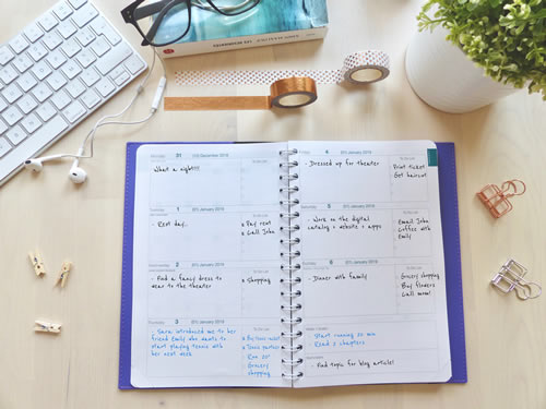 Weekly calendar view. Open format that allows you to plan your day and week according to you.